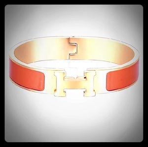 The Beautiful Classic 'H' Bangle Bracelet♡♡♡